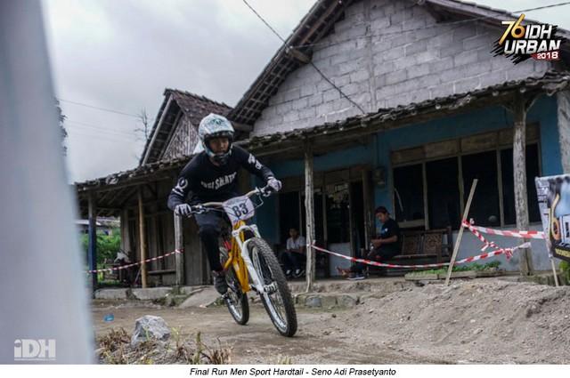 'Sodok' Empat Peringkat, Fatkhul Akrom Juarai Men Sport Hardtail