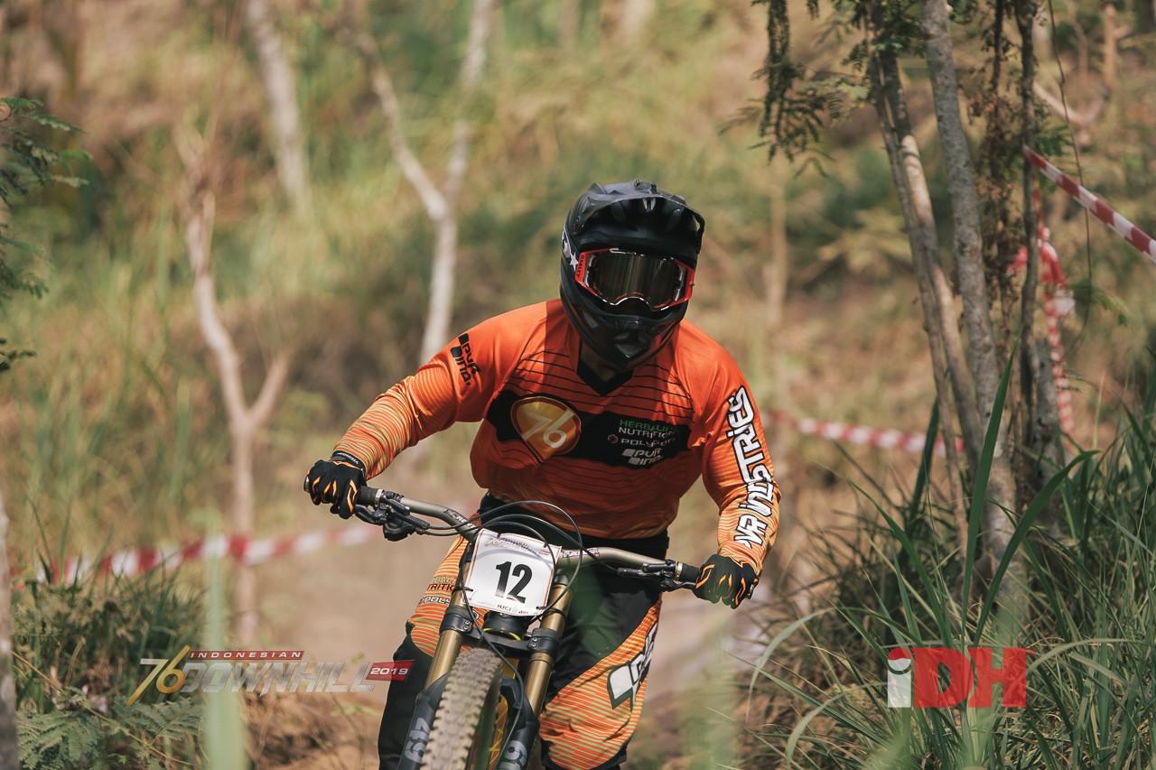 Khoiful Mukhib dari 76 Team Raih Gelar Juara IDH 2019 Di Ternadi Bike Park